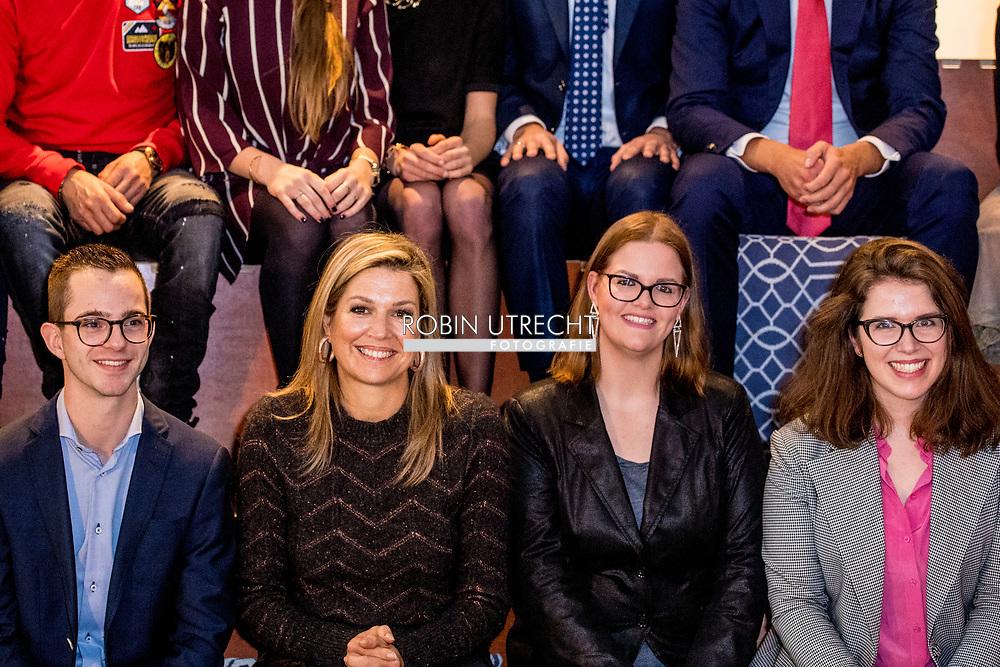 ROTTERDAM - Koningin Maxima brengt een werkbezoek aan netwerk Tijd Voor Actie en jongeren vrijwilligersorganisatie Netwerk Nieuw Rotterdam. ANP ROYAL IMAGES ROBIN UTRECHT