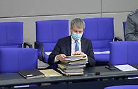 DEU, Deutschland, Germany, Berlin, 29.01.2021: Steffen Bilger (CDU), Parlamentarischer Staatssekretär im Bundesverkehrsministerium, in der Plenarsitzung im Deutschen Bundestag.