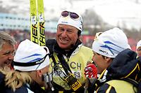 OL 2006 Langrenn kvinner stafett,<br />Pragelato Plan<br />18..02.06 <br />Foto: Sigbjørn Hofsmo, Digitalsport <br /><br />Inge Braaten Bråten sammen med de svenske jentene