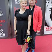 NLD/Amsterdam/20120617 - Premiere Het Geheugen van Water, zwangere Anne-marie Jung en Rop Verheijen