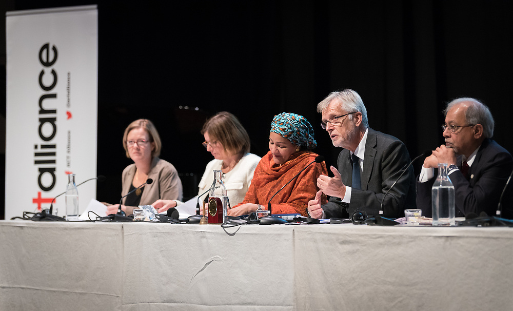 """29 October 2018, Uppsala, Sweden: Rev. Dr Martin Junge moderates a plenary on """"The role of faith based actors in achieving the 2030 Agenda for Sustainable Development"""". The session included speeches by Amina Mohammed, Deputy Secretary General of the United Nations, Carin Jämtin, Director General of Swedish International Development Cooperation Agency, and Swedish deputy Prime Minister Isabella Löwin. Rev. Dr Martin Junge, General Secretary of the Lutheran World Federation moderated the session."""