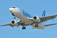 Westjet Boeing 737 landing