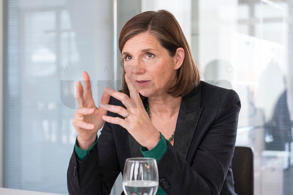 15 OCT 2019, BERLIN/GERMANY:<br /> Katrin Goering-Eckardt (R), B90/Gruene, Fraktionsvorsitzende, wahrend einem Doppeninterview, Hauptstadtredaktion Rheinsche Post<br /> IMAGE: 20191015-01-009<br /> KEYWORDS: Göring-Eckardt