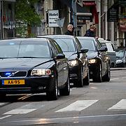 NLD/Amsterdam/201804245 - 20180424 koninklijke familie bij Corps Diplomatique diner 2018, aankomst Beatrix