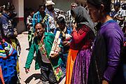Un peregrino Cora, de la zona norte Del Nayar, recorre de rodillas desde la entrada del pueblo hasta la iglesia para encontrase con Cristo Jesús de Nazareno en Huaynamota, Nayarit.<br /> Después de 12 años continuos de visitas celebra el final de su manda con música como agradecimiento.