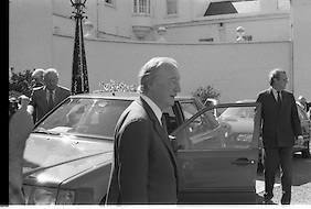 Charles Haughey Receives Seal Of Office.   (T3)..1989..12.07.1989..07.12.1989..12th July 1989..After winning the General Election and having been elected Taoiseach by a majority in Dail Eireann, Charles Haughey went to Aras an Uachtarain to accept the seal of office. The seal of office was granted by President Patrick Hillery...Newly elected Taoiseach, Charles Haughey TD, is pictured leaving Aras an Uachtarain as he returns to Dail Eireann to form his new cabinet.