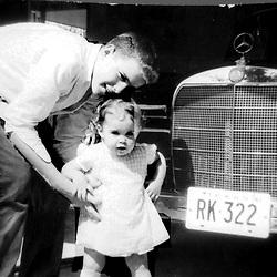 HS528   George W. and Doro Bush, Houston, TX,<br /> April 1960.<br /> Photo Credit:  George Bush Presidential Library