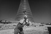 Doha, Qatar, 10 mai 2007, Construction of the Kipco, Sports city tower