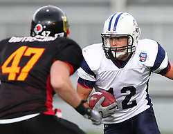 29.07.2010, Brita Arena, Wiesbaden, GER, Football EM 2010, Team Finland vs Team Germany, im Bild Veikka Lehtonen, (Team Finland, RB, #12) laeuft auf den Block von Sebastian Schönbroich, (Team Germany, DB, #47) zu,  EXPA Pictures © 2010, PhotoCredit: EXPA/ T. Haumer / SPORTIDA PHOTO AGENCY