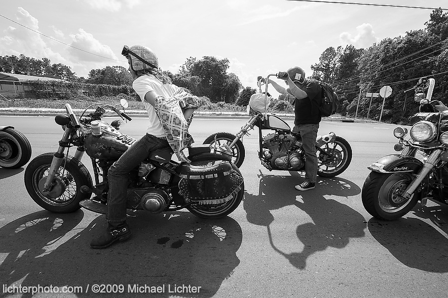 Long Road to the Smokeout. TN, USA. May 15, 2009<br /> <br /> Limited Edition Print from an edition of 15. Photo ©2009 Michael Lichter.