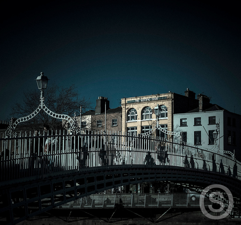 Photographer: Paul Lindsay, Ha'penny Bridge, Dublin