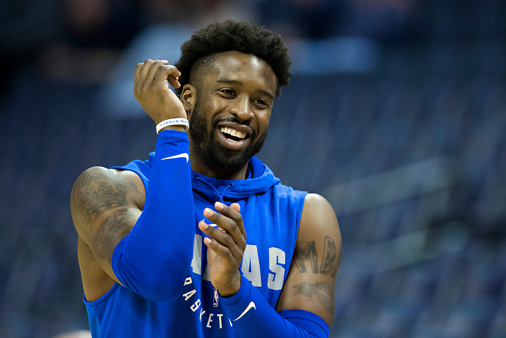 MEMPHIS, TN - OCTOBER 26:  Wesley Matthews #23 of the Dallas Mavericks warming up before a game against the Memphis Grizzlies at the FedEx Forum on October 26, 2017 in Memphis, Tennessee.  NOTE TO USER: User expressly acknowledges and agrees that, by downloading and or using this photograph, User is consenting to the terms and conditions of the Getty Images License Agreement.  The Grizzlies defeated the Mavericks 96-91.  (Photo by Wesley Hitt/Getty Images) *** Local Caption *** Wesley Matthews
