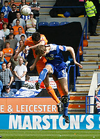 Photo: Steve Bond/Richard Lane Photography. <br />Leicester City v Sheffield Wednesday. Coca-Cola Championship. 26/04/2008. Gareth McAuley (R) and Ben Sahar (L) challange in the air