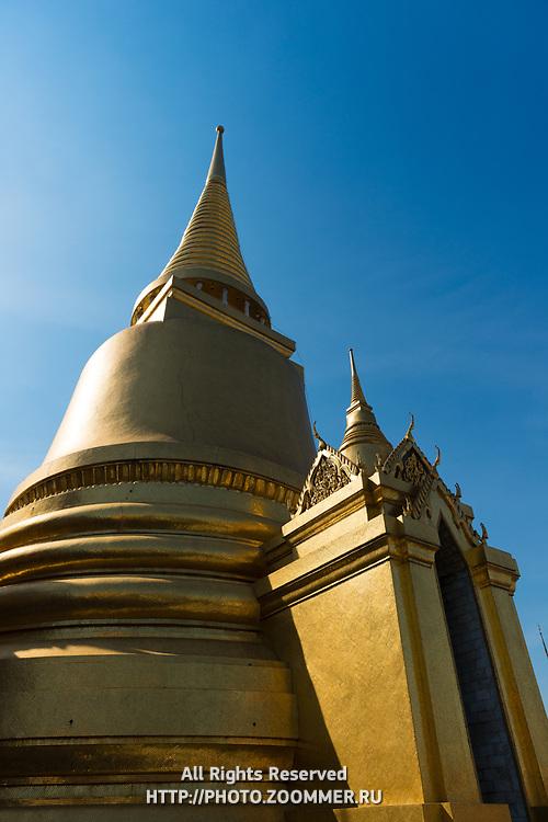 Phra Si Rattana Chedi in the Emerald Budda Temple, Bangkok, Thailand
