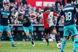 25-02-2017 NED: Feyenoord - PSV, Rotterdam<br /> 24e speelronde van seizoen 2016-2017, De Kuip / Héctor Moreno of PSV, Steven Berghuis #19