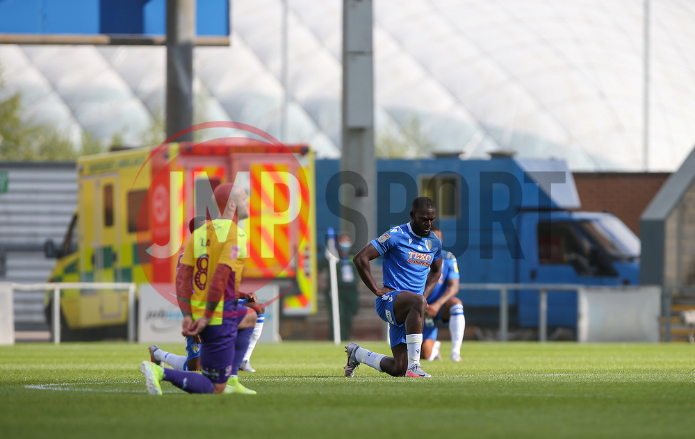 Frank Nouble of Colchester United takes a knee before kick off - Mandatory by-line: Arron Gent/JMP - 18/06/2020 - FOOTBALL - JobServe Community Stadium - Colchester, England - Colchester United v Exeter City - Sky Bet League Two Play-off 1st Leg