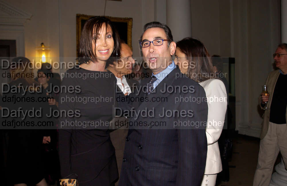 Elaine and Anthony Lassman and Prof David KHALILI,  Private view of 'Heaven on Earth' exhibition. Hermitage. Somerset House. 24 March 2004. ONE TIME USE ONLY - DO NOT ARCHIVE  © Copyright Photograph by Dafydd Jones 66 Stockwell Park Rd. London SW9 0DA Tel 020 7733 0108 www.dafjones.com