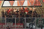 DESCRIZIONE : Varese Lega A 2015-16 <br /> GIOCATORE : Pistoia tifosi<br /> CATEGORIA : Tifosi<br /> SQUADRA : Giorgio Tesi Group Pistoia<br /> EVENTO : Campionato Lega A 2015-2016<br /> GARA : Openjobmetis Varese Giorgio Tesi Group Pistoia<br /> DATA : 03/04/2016<br /> SPORT : Pallacanestro<br /> AUTORE : Agenzia Ciamillo-Castoria/M.Ozbot<br /> Galleria : Lega Basket A 2015-2016 <br /> Fotonotizia: Varese Lega A 2015-16