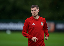 CARDIFF, WALES - Sunday, October 14, 2018: Wales' Ben Davies during a training session at the Vale Resort ahead of the UEFA Nations League Group Stage League B Group 4 match between Republic of Ireland and Wales. (Pic by David Rawcliffe/Propaganda)
