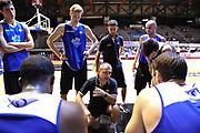 DESCRIZIONE : Caserta Lega A 2015-16 12 Torneo Città di Caserta<br /> GIOCATORE : Guido Saibene<br /> CATEGORIA : coach allenatore time out<br /> SQUADRA : Acea Roma<br /> EVENTO : Campionato Lega A 2015-2016<br /> GARA : Fortitudo Bologna Acea Roma<br /> DATA : 13/09/2015<br /> SPORT : Pallacanestro <br /> AUTORE : Agenzia Ciamillo-Castoria/G.Masi<br /> Galleria : Lega Basket A 2015-2016<br /> Fotonotizia : Caserta Lega A 2015-16 Fortitudo Bologna Acea Roma finale 3 4 posto