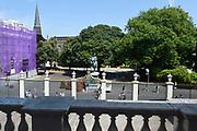 Paleis Noordeinde en Koninklijke Stallen open voor het publiek.  ////  Noordeinde Palace and Royal Stables open to the public.<br /> <br /> Op de foto / On the photo:  Uitzicht op het Nooreinde