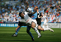 Photo: Rich Eaton.<br /> <br /> Coventry City v Preston North End. Coca Cola Championship. 14/04/2007. Callum Davidson left of Preston foils Coventrys Colin Camerons attempt on goal