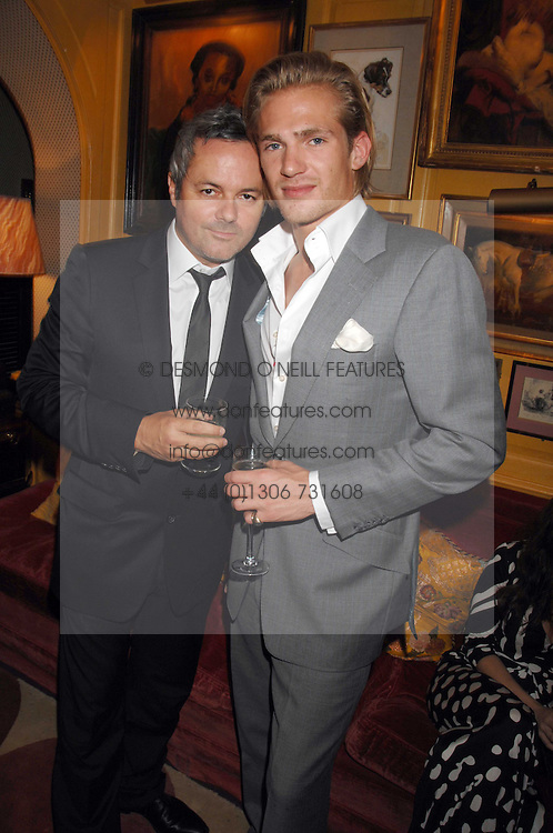 Left to right, NELLIE HOOPER and JACOBI ANSTRUTHER-GOUGH-CALTHORPE at a dinner hosted by fashion label Issa at Annabel's, Berekely Square, London on 24th April 2007.<br /><br />NON EXCLUSIVE - WORLD RIGHTS