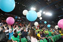 04-03-2017 ITA: Semifinal Coppa Italia Imoco Volley Conegliano - Igor Gorgonzola Novara, Firenze<br /> Mandela Forum, zaal hal, support publiek<br /> <br /> ***NETHERLANDS ONLY***