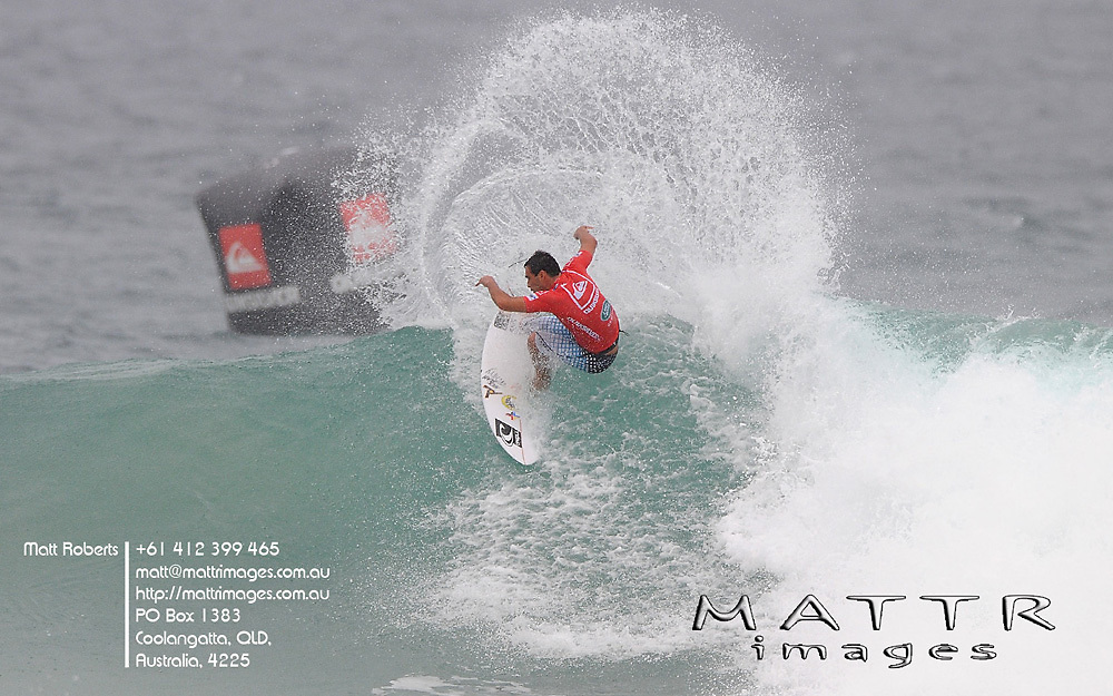 Gold Coast, Australia - March 2: Roy Powers needed a 6.24pts but could only manage a 4.53pts from this wave during round 2 of the Quiksilver Pro Gold Coast 2010 presented by Land Rover at Snapper Rocks on the Gold Coast, March 2, 2010 Photo by Matt Roberts/MATTRimages.com.au | Image ID: MTR_7740.jpg