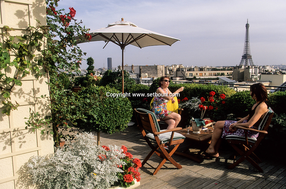 France. Paris. 16th district. Raphael hotel rooftop terrace. the restaurant and bar on the panoramic terrace