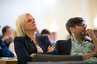 DEU, Deutschland, Germany, Berlin, 21.04.2018: Umweltsenatorin Regine Günther (parteilos/für die Grünen) und Justizsenator Dirk Behrendt (Grüne) bei der Landesdelegiertenkonferenz von Bündnis 90/Die Grünen in Berlin-Adlershof.
