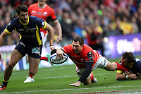 Rugby Union - 2017 European Rugby Champions Cup Final - Clermont Auvergne vs. Saracens<br /> <br /> Alex Goode of Saracens scores a try during the Champions Cup Final at Murrayfield.<br /> <br /> COLORSPORT/LYNNE CAMERON