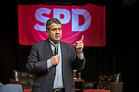 14 FEB 2019, ORANIENBURG/GERMANY:<br /> Siegmar Gabriel, SPD, ehem. Prateivorsitzender und Bundesminister a.D., Buergerveranstaltung der SPD Oranienburg, Im Oranienwerk <br /> IMAGE: 20190214-03-020