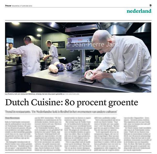 Tekst en beeld zijn auteursrechtelijk beschermd en het is dan ook verboden zonder toestemming van auteur, fotograaf en/of uitgever iets hiervan te publiceren <br /> <br /> Trouw 27 januari 2014: Dutch Cuisine, 80% groente