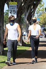 Gwyneth Paltrow and Brad Falchuk enjoy a Sunday stroll - 17 May 2020