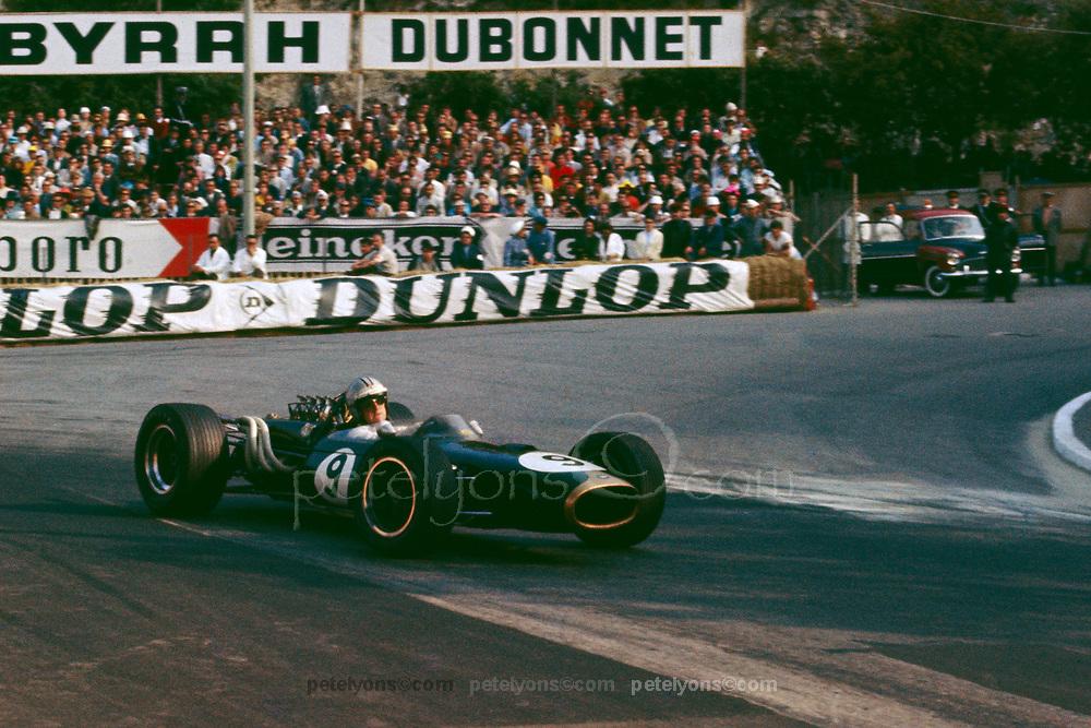 Denny Hulme, Brabham-Repco, WINNER 1967 Monaco Grand Prix; Photo by Ozzie Lyons 1967/ © 2017 Pete Lyons / petelyons.com