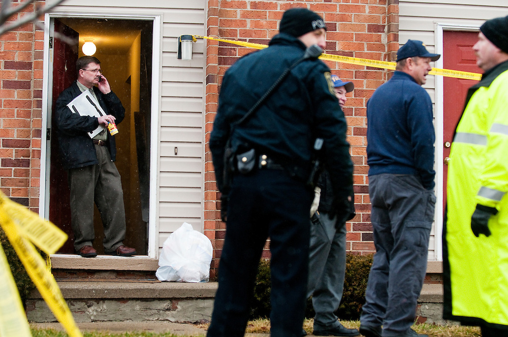 Matt Dixon   The Flint Journal..After working most of the day, investigaors finish looking into a suspicious death that was reported around 11 a.m. Thursday at Grand Oaks Apartments in Grand Blanc.