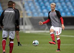 Victor Nelsson (Danmark) under opvarmningen til U21 EM2021 Kvalifikationskampen mellem Danmark og Ukraine den 4. september 2020 på Aalborg Stadion (Foto: Claus Birch).