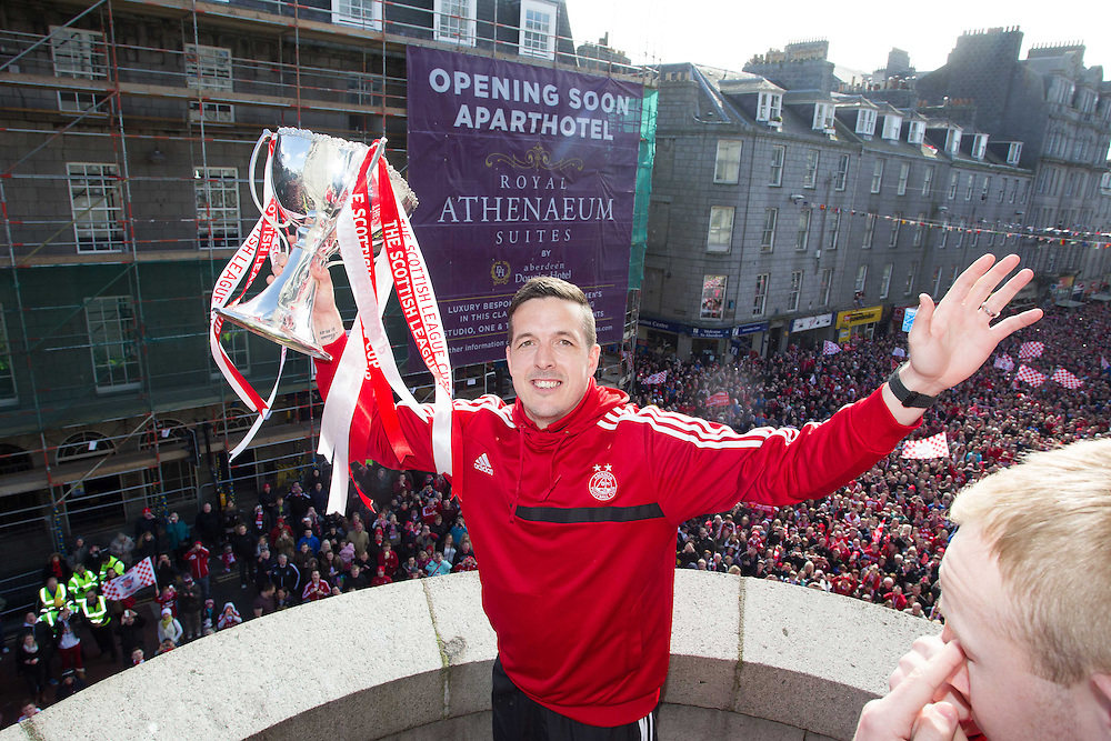 ABERDEEN FC OPEN TOP BUS PARADE THROUGH THE CITY TO CELEBRATE THE CLUBS LEAGUE CUP WIN. JAMIE LANGFIELD<br /> PIC DEREK IRONSIDE / NEWSLINE MEDIA