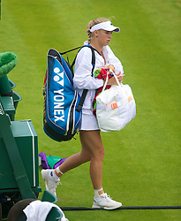 26.06.2013, Wimbledon, London, ENG, WTA Tour, The Championships Wimbledon, Tag 3, im Bild Caroline Wozniacki (DEN) walks off court after losing during three one of the WTA Tour Wimbledon Lawn Tennis Championships at the All England Lawn Tennis and Croquet Club, London, Great Britain on 2013/06/26. EXPA Pictures © 2013, PhotoCredit: EXPA/ Propagandaphoto/ David Rawcliffe<br /> <br /> ***** ATTENTION - OUT OF ENG, GBR, UK *****