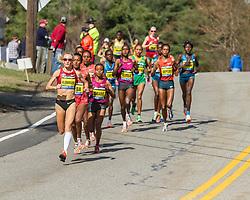 2014 Boston Marathon: Shalane Flanagan leads race early