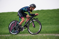 Hannah Barnes (CANYON//SRAM Racing) at Omloop van Borsele Time Trial 2016. A 19.9 km individual time trial starting and finishing in 's-Heerenhoek, Netherlands on 22nd April 2016.