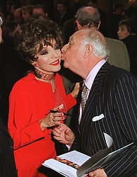Actress JOAN COLLINS and PRINCE RUPERT von LOWENSTEIN at a party in London on 29th April 1999.MRO 72
