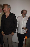 Mark Knopfler and Salman Rushdie. Party to celebrate the publication of Shalimar the Clown by Salman Rushdie. David Gill Gallery, 3 Loghborough St. London SE11 ONE TIME USE ONLY - DO NOT ARCHIVE  © Copyright Photograph by Dafydd Jones 66 Stockwell Park Rd. London SW9 0DA Tel 020 7733 0108 www.dafjones.com