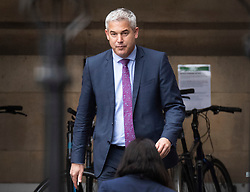 © Licensed to London News Pictures. 26/09/2019. London, UK. Brexit Secretary Steve Barclay leaves Parliament in Westminster. The Supreme Court has ruled that Parliament had been suspended illegally. British Prime Minster Boris Johnson prorogued parliament just weeks before the UK is due to leave the EU on October 31st. Photo credit: Peter Macdiarmid/LNP