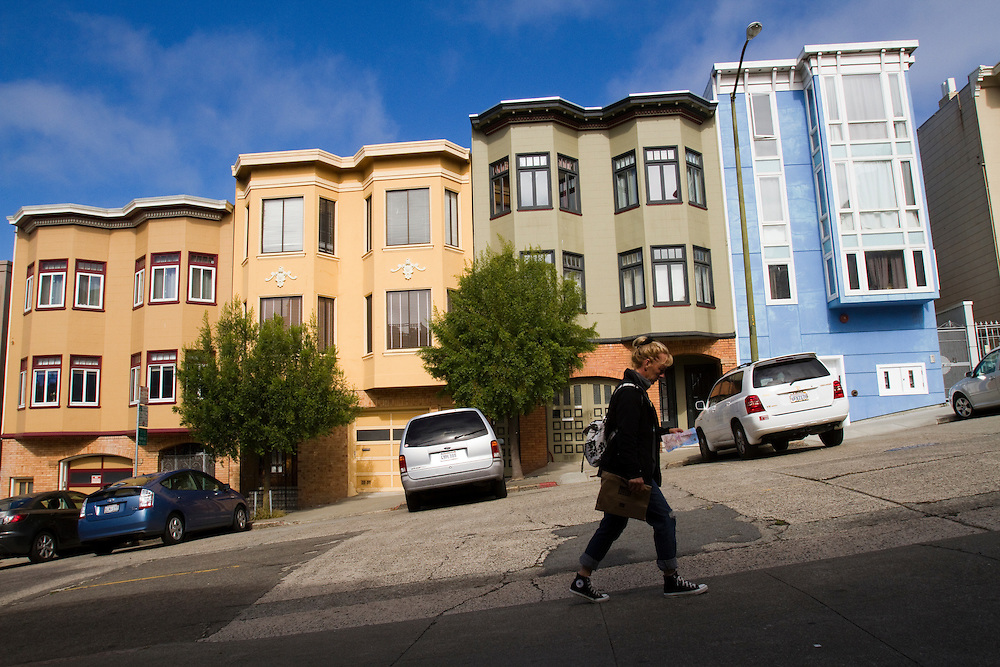 Tourists on the streets of San Francisco in the Russian Hill neighborhood.