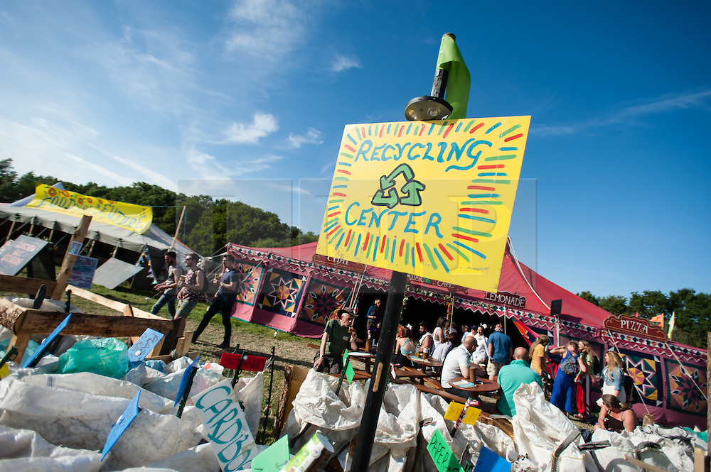 © Licensed to London News Pictures. 25/06/2015. Pilton, UK. Festival atmosphere at Glastonbury Festival 2015 on Thursday Day 2 of the festival.  This years headline acts include Kanye West, The Who and Florence and the Machine, the latter having been upgraded in the bill to replace original headline act Foo Fighters.   Photo credit: Richard Isaac/LNP