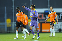 Fotball<br /> Frankrike<br /> Foto: DPPI/Digitalsport<br /> NORWAY ONLY<br /> <br /> FOOTBALL - FRENCH CHAMPIONSHIP 2009/2010 - L1 - FC LORIENT v TOULOUSE FC - 14/02/2010 <br /> <br /> JOY DANIEL OMOYA BRAATEN (TFC) / DESPERATE ARNOLD MVUEMBA AND GREGORY BOURILLON (FCL)