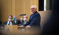 DEU, Deutschland, Germany, Berlin, 12.02.2021: Bundespräsident Frank-Walter Steinmeier während seiner Ansprache bei der 1000. Plenarsitzung des Bundesrats. Aufgrund der Pandemie müssen alle Teilnehmer medizinische Masken bzw. FFP-2 Masken tragen.