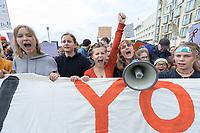 """20 SEP 2019, BERLIN/GERMANY:<br /> Demonstratinnen mit Transparent """"OUR FUTURE ON YOUR SHOULDERS"""", Fridays for Future Demonstration für Massnahmen zur  Begrenzung des Klimawandels, Behrenstrasse<br /> IMAGE: 20190920-01-014<br /> KEYWORDS: Demo, Demonstrant, Protest, Protester, Demonstration, Klima, climate, change, Maedchen, Mädchen, Frauen, Schueler, Schuelerinnen, Schüler, Schülerinnen"""